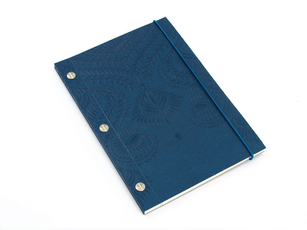 COLLECTION CAROLINE KARÉNINE CARNET A5 BLEU NAVY LA COMPAGNIE DU KRAFT